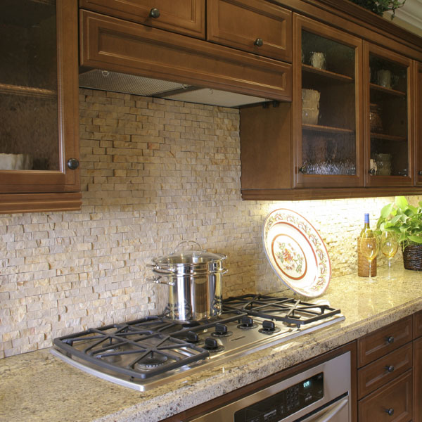 Backsplashes man n mountain for Split face travertine kitchen backsplash
